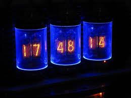 Фантастические часы Lamina Nixie Clock для фанатов стиманка